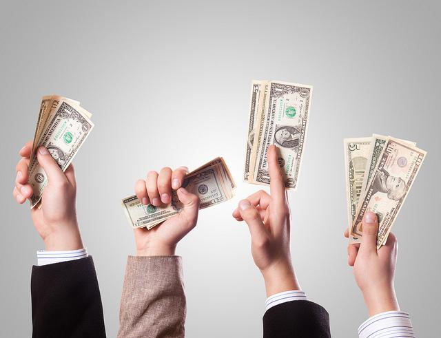 工作穩定朋友找你借錢怎麼辦?