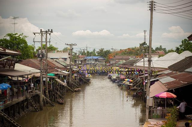 floating-market-650467_640