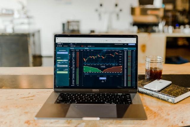 如何正確選擇市面上的投資理財課程-而不吃虧或被騙