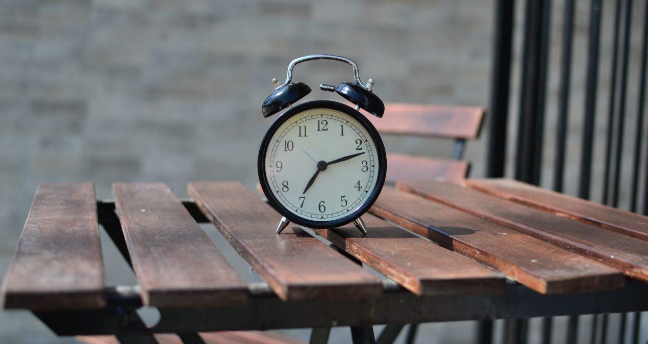 提升股票投資的獲利因子:兩小時看500隻股票的精神